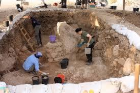 archaeological dig alluae ae